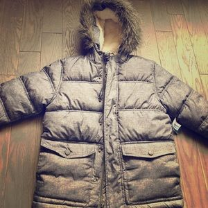Old Navy Puffer Jacket size 6/7 NWT